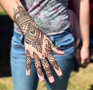 Henna for eid for Sale in Oakland, CA