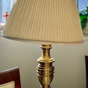 """Vintage Brass Leviton Table Lamp 26""""tall with Original Pleated Shade 14"""" tall for Sale in Mountain View, CA"""