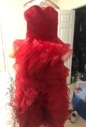Quinciañera dress for Sale in Hialeah, FL