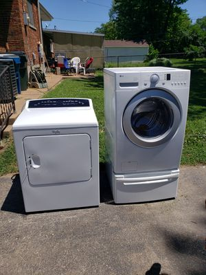 """LG"" Washer and ""Whirlpool"" dryer combo for Sale in St. Louis, MO"