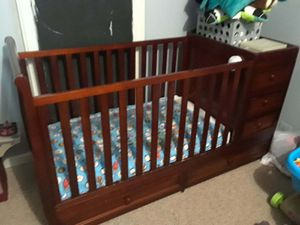 Crib, toddler bed, with changing table for Sale in Aurora, IL