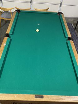 Golden West 8' Pool Table for Sale in Fairview,  OR