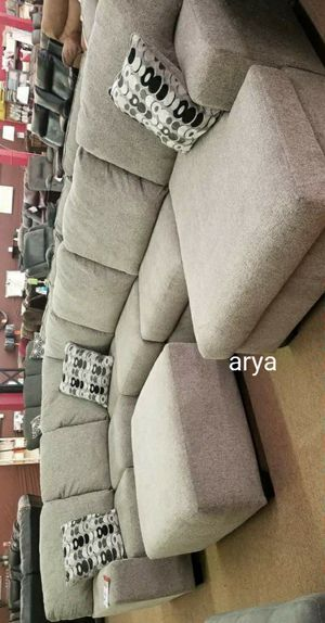 🔥Best Quality🆕️İn stock and on dippslay Large Sectional with ottoman for Sale in Baltimore, MD