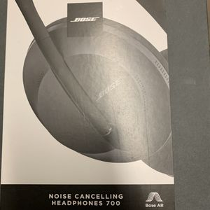 Bose Noise Cancellation Headphones 700 for Sale in Brooklyn, NY