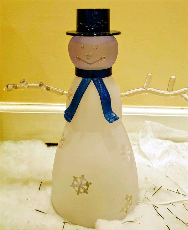 Brilliant Snowman Lamp