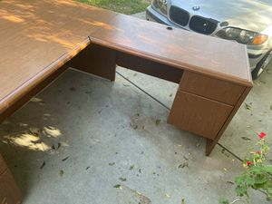 Office table for Sale in Fresno, CA