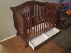 Convertible crib with storage for Sale in Chandler, AZ