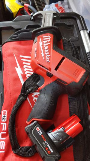 Milwaukee 12v fuel hackzall with 4.0 battery and charger for Sale in Dallas, TX