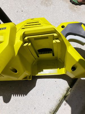 40 volt battery power chain saw ( brushless) for Sale in Orlando, FL