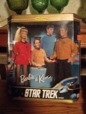 30th anniversary Star Trek edition Barbie and ken for Sale in Columbus, OH