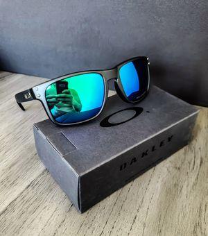 Oakley Sunglasses for Sale in Los Angeles, CA