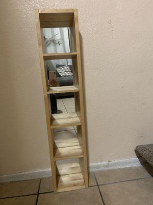 Repisa de madera con espejos for Sale in El Monte, CA