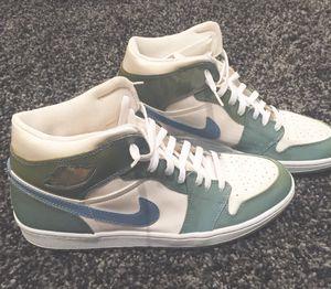Jordan 1 Retro UNC Patent Basketball Shoes - Men's Size US 12 for Sale in Pasadena, CA