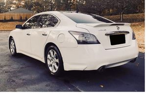 Perfectly 2011 Nissan Maxima FWDWheels for Sale in Cincinnati, OH