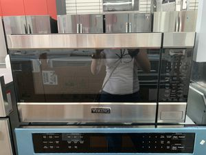 Microwave - Viking. Kek appliances (Kissimmee) $39 down payment, ask for LEYLA for Sale in Kissimmee, FL