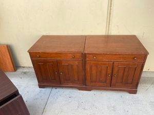 2 cabinets/ desk with keyboard pullout and CPU cabinet FREE for Sale in Wildomar, CA