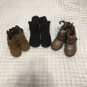 Little girls boots size 5 for Sale in Boise, ID