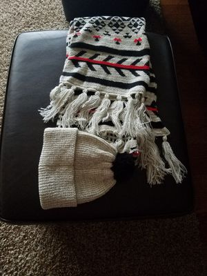 H&M Women Winter Hat And Scarf Set for Sale in Chesapeake, VA