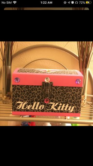 Hello kitty chest for Sale in Perris, CA