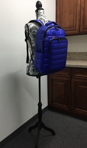 """Brand new Skutr 13x18"""" Backpack tablet laptop puffy jacket bag tablet mobility for Sale in Whittier, CA"""