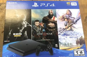 BRAND NEW PS4 1tb 3 new games for Sale in Plantation, FL