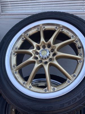 Honda Civic accord sizes 17 universal fit any car no scratch or damage clean 5x114 for Sale in San Leandro, CA
