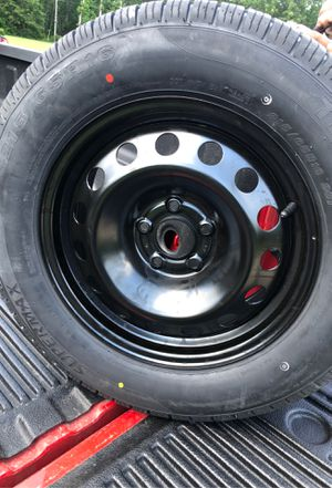 215/65R16 tire with rim for Sale in Gilbert, SC
