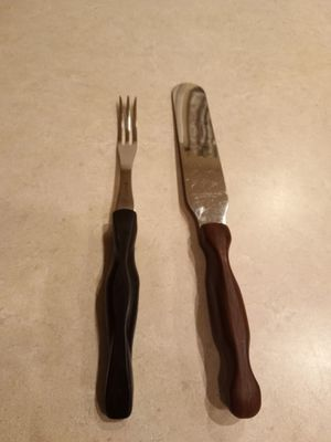 CutCo Spatula Spreader No. 28 (The utensil on the right only) for Sale in Lake Tapps, WA
