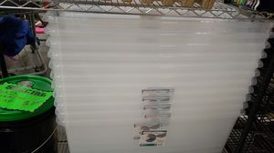 100qt storage container with lid for Sale in Atlanta, GA