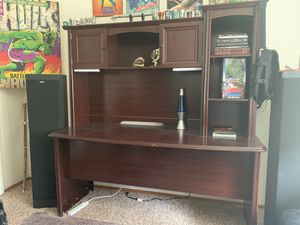 Computer desk and 2 nightstands for Sale in Lacey, WA