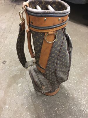 Golfers bags 1 Louis Vuitton and 1 Bruton $550 for both for Sale in Bridgeport, CT