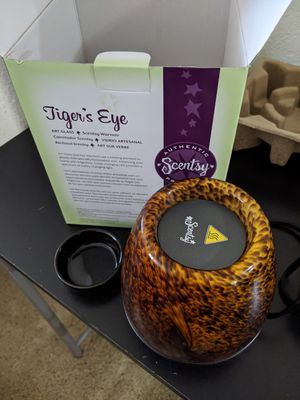 New In Box Tigers Eye Scentsy wax warmer for Sale in Cypress, TX