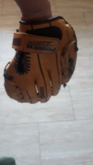 Mizuno MVP 1301 13 in softball glove for Sale in Glen Ellyn, IL