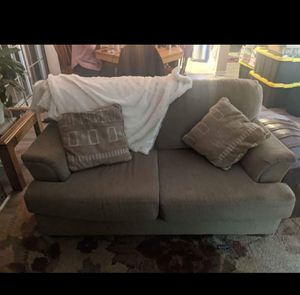Used couches minor snag in one cushion. Easy fix.Good condition. for Sale in Virginia Beach, VA