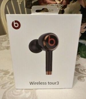 BRAND NEW BEATS WIRELESS TOUR 3 for Sale in Columbus, OH