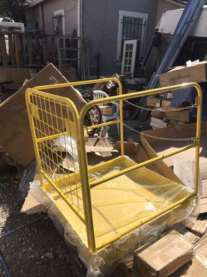 Cage for work for Sale in Oakland, CA