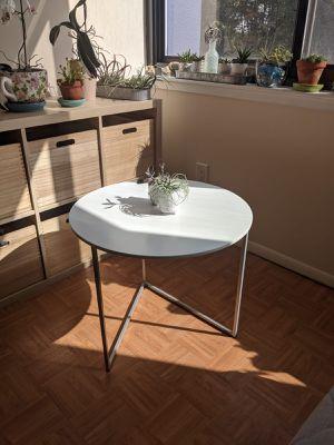 Modern side table for Sale in Alexandria, VA