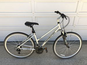 $150 Recreation 700H bike for Sale in Fresno, CA