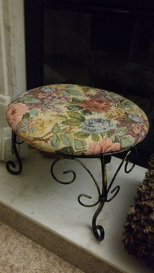 Vintage Stool for Sale in Hayward, CA