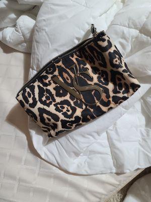 Victoria secret makeup bag for Sale in St. Louis, MO