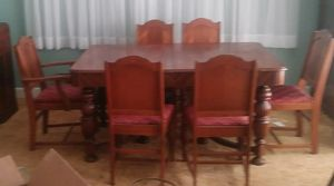Dining Table with 6 chairs for Sale in Murfreesboro, TN
