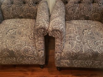Sofa, Loveseat And 2 Accent Chairs - Almost New for Sale in Chalfont,  PA