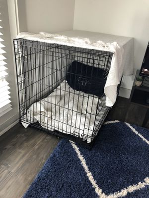 Large black kennel for Sale in Grand Prairie, TX