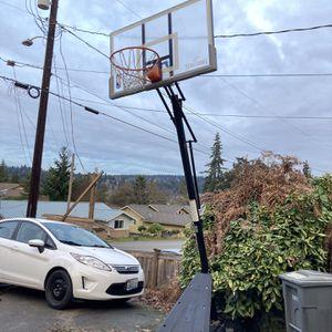 Spalding Basketball Hoop 7.5-10 Feet for Sale in Bellevue, WA