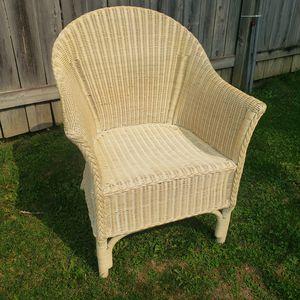 Wicker chair for Sale in Woodhaven, MI