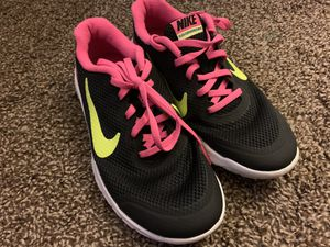 Size 4Y Nike Shoes for Sale in Cypress, CA