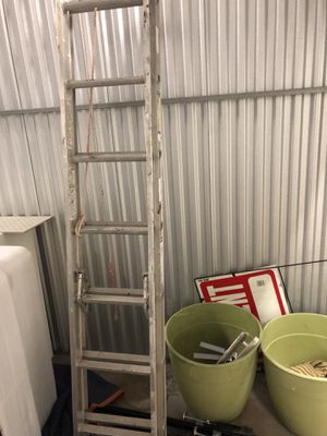 20 foot ladder (up to 200lbs) for Sale in Miami Beach, FL