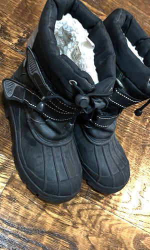 Black snow boots for Sale in McKinney, TX