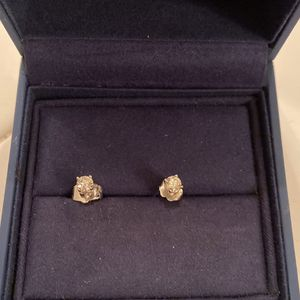 14 Carat White Gold Diamond Earrings for Sale in Moreno Valley, CA