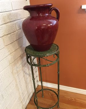 Flower Vase with a Stand for Sale in Bellevue, WA